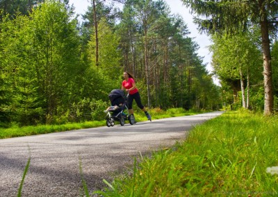 Na kole, koloběžce, in-line bruslích